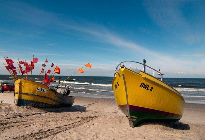 Rewal - Kutry na plaży