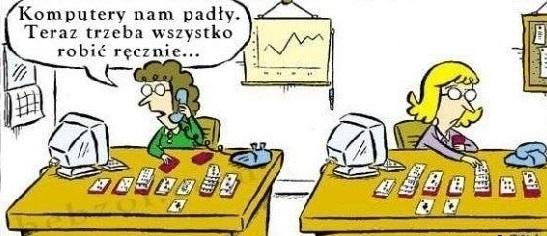praca_urzednika_przy_komputerze